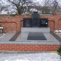 hrobka 4